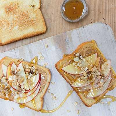 Peanut Butter & Apple Toast