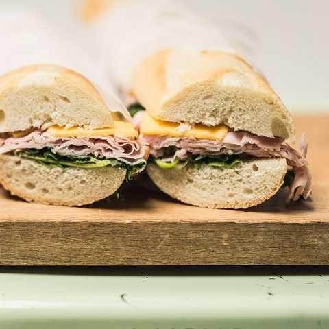 sandwich Ham & Cheese Baguette
