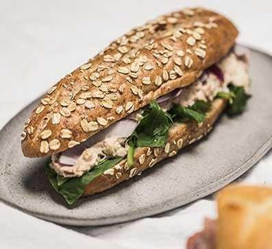sandwich Tuna on Wheat Sub
